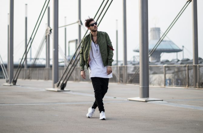Green Bomber jacket – Bring the military into your style